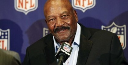 Browns to honor Jim Brown with a statue
